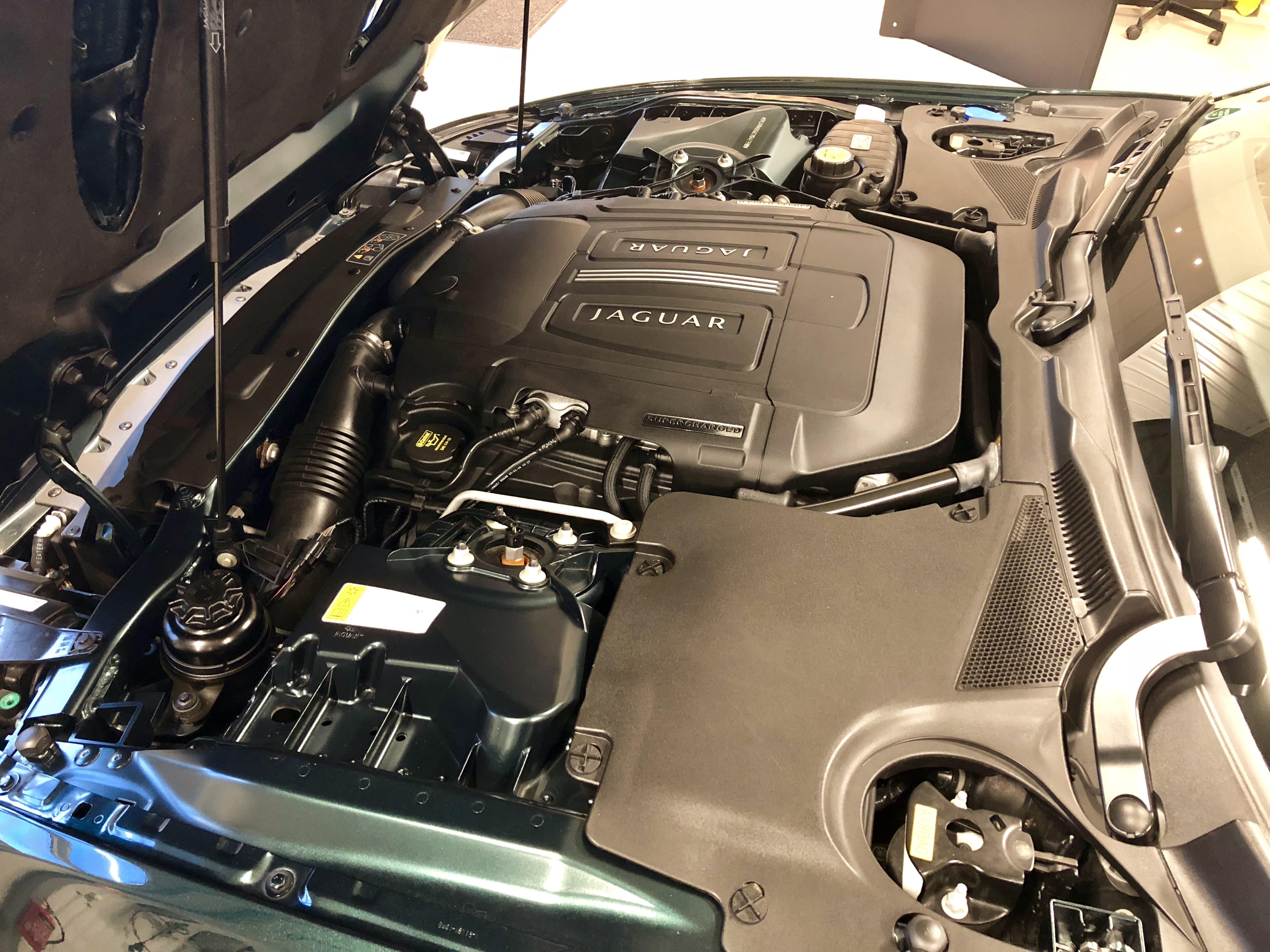 cmw_jaguar_XKRS_motor-min