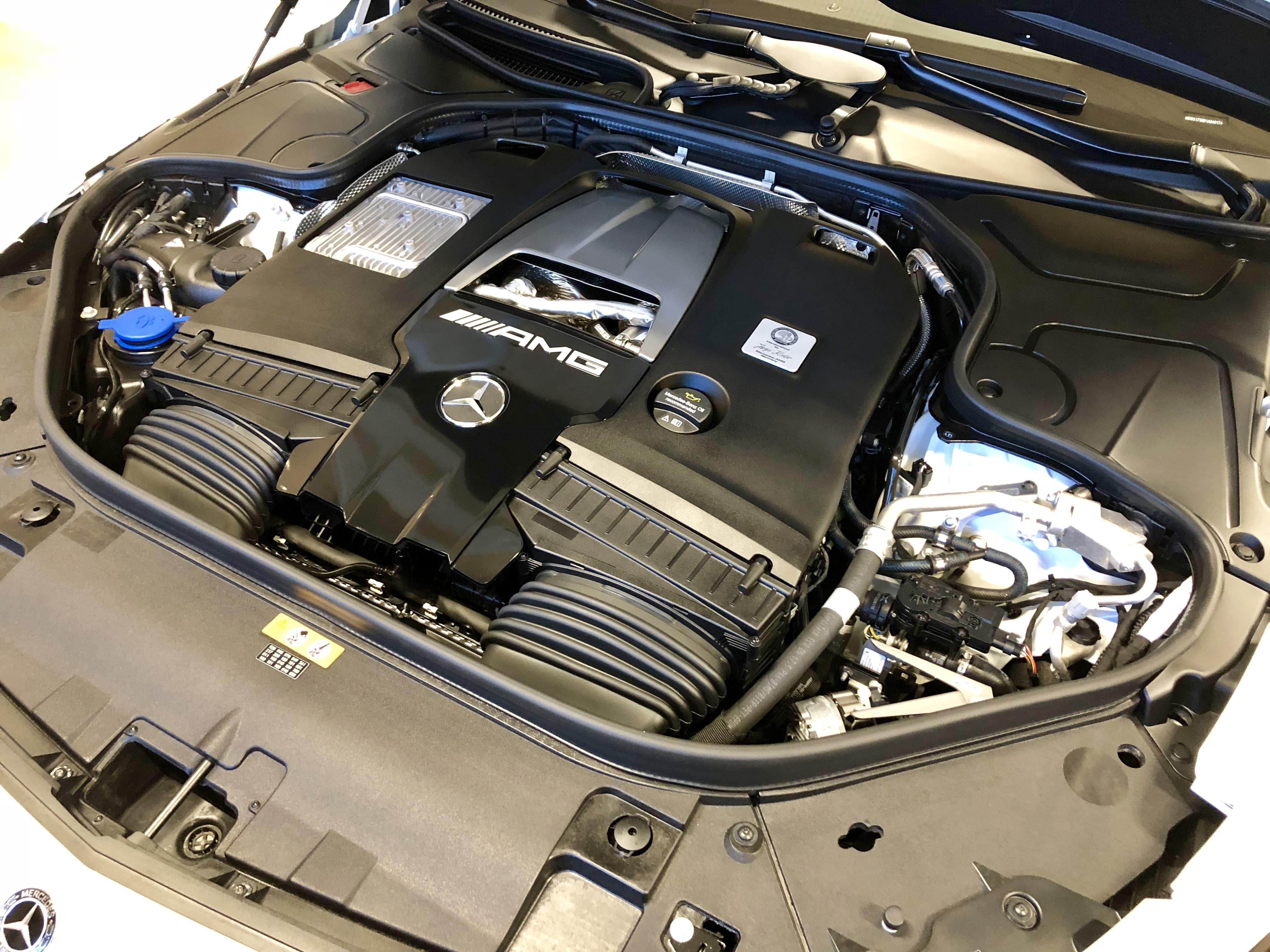 cmw_mercedesS63_motor-min
